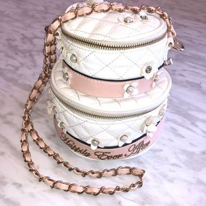 Aldo Bridal Cake Purse